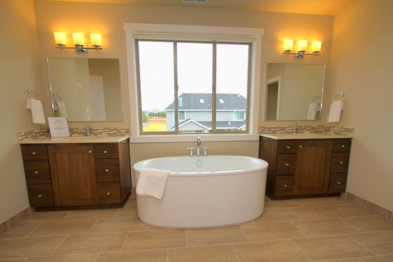 homeowners incorporating freestanding tubs into master